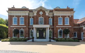 Kings Lodge Luxury Home