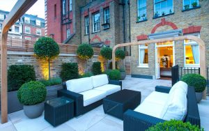 london townhouse garden furniture